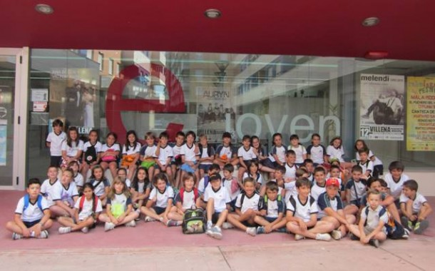 3º de primaria participa en un Taller Multicultural