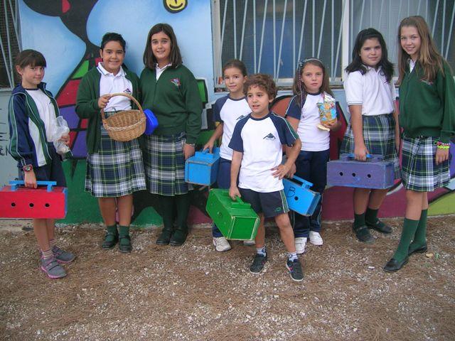 Los alumnos de 6º de Primaria se encargan de la granja