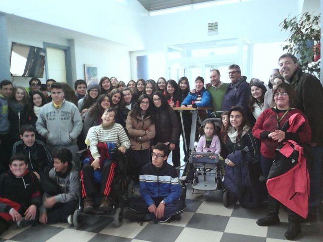 Alumnos de 2º de E.S.O. visitan APADIS.