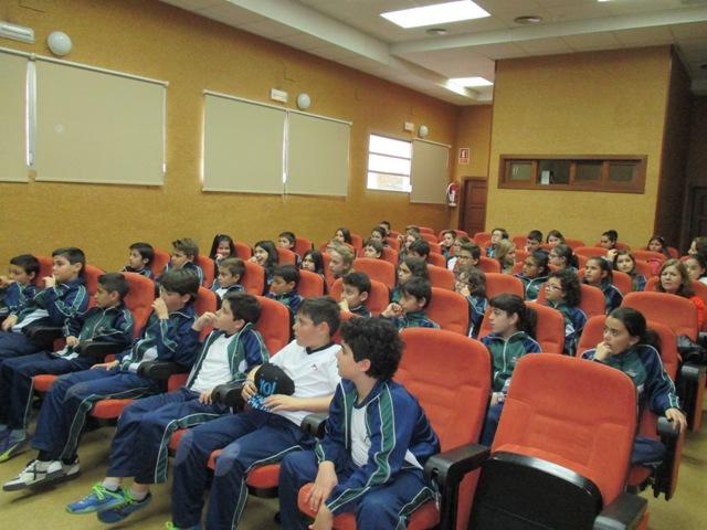 Los alumn@s de 5º visitan la ONCE