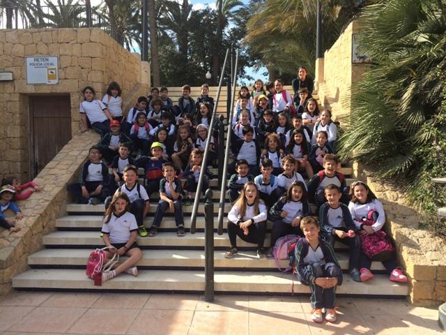 Los alumnos de 3º de Primaria visitan el Museo Arqueológico de Alicante.
