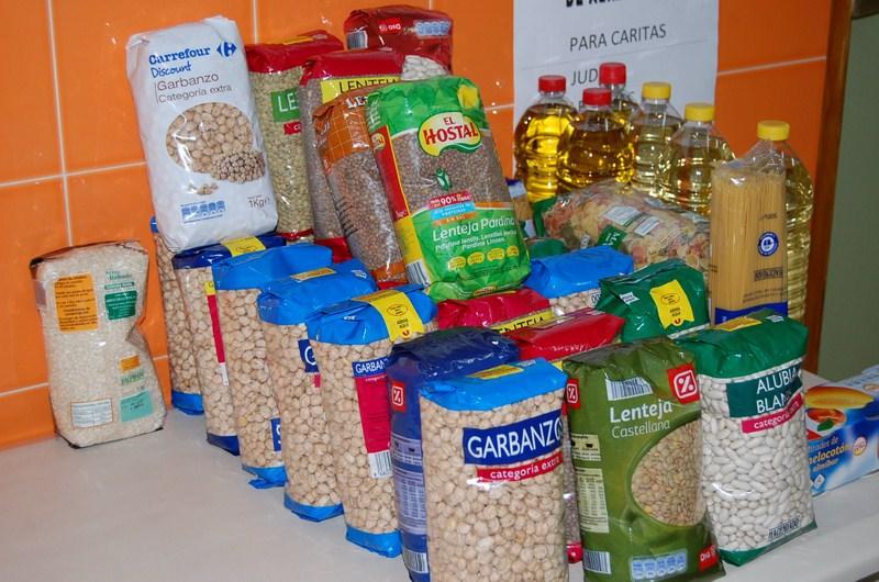 Campaña solidaria recogida alimentos, productos limpieza e higiene personal.