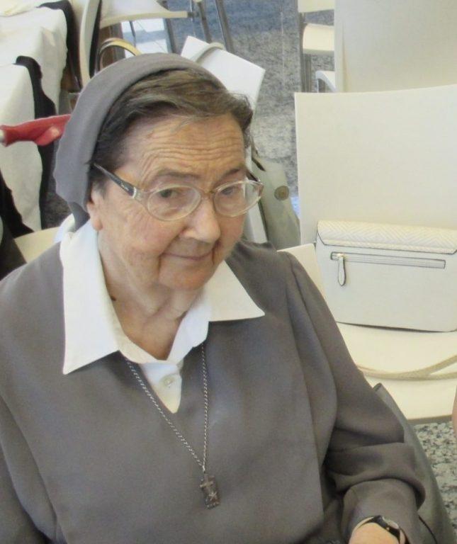 Hermana Nieves, hasta siempre.