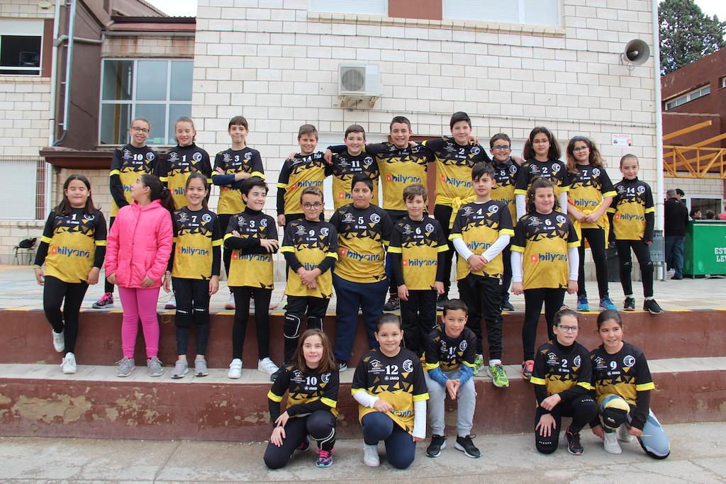 V Día del Deporte y presentación de camiseta y jugadores del Club de Voleibol La Encarnación